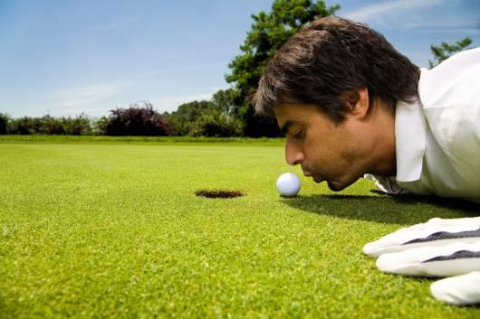 hole on mini golf