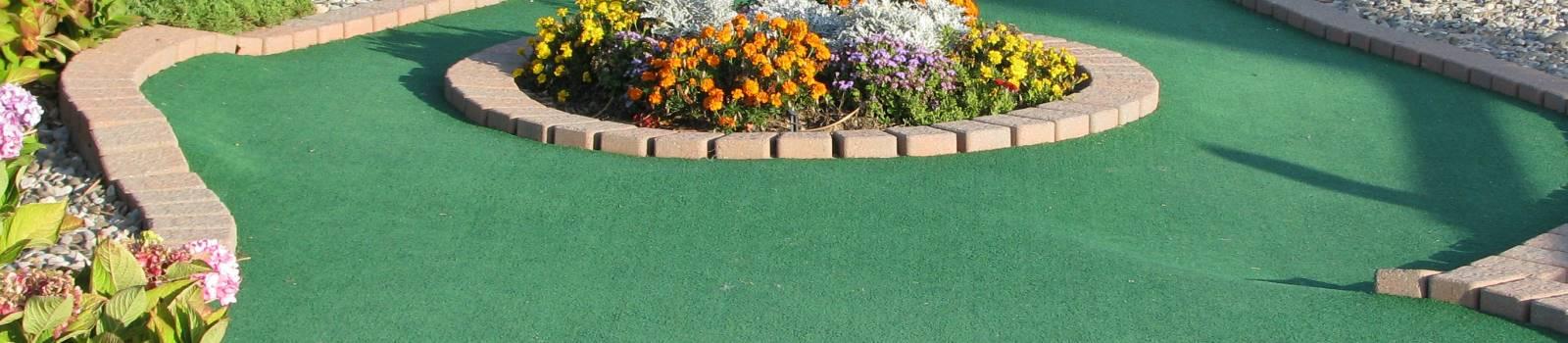 hole 12 mini golf course design