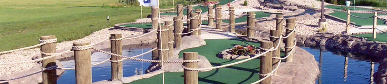 hole 18 mini golf course design