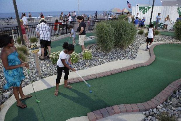 mini golf at jersey shore