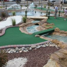 ball in water mini golf course design