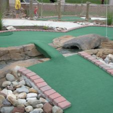ball in stream mini golf course design