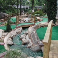 outdoor stream mini golf course design