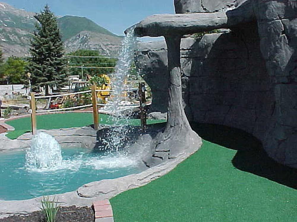 canyon waterfall mini golf course design