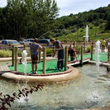 island mini golf course design