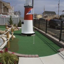 lighthouse mini golf course design