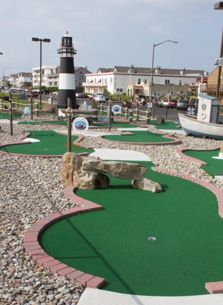 rock arch mini golf course design