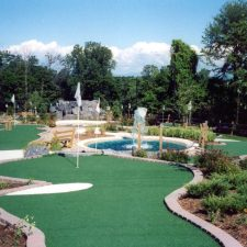 water spray mini golf course design