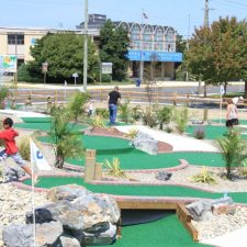 mini golf course hole 2