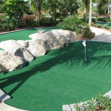 coral pipe mini golf