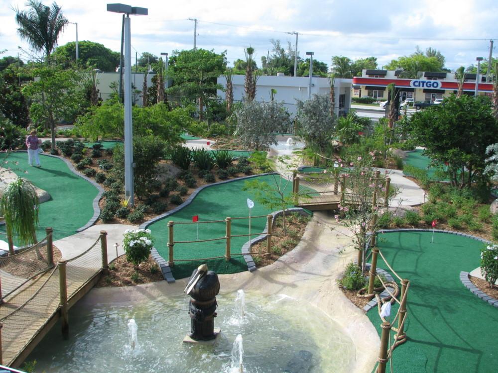 fountains streams mini golf