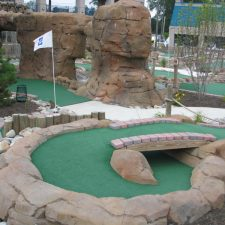 mini golf canyon shot