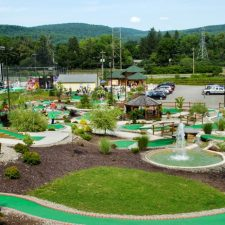 hillside mini golf
