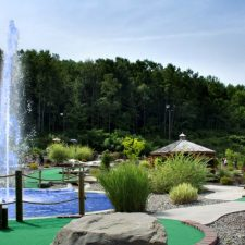 tall fountain mini golf course design