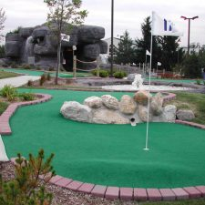 pipe shot mini golf course design